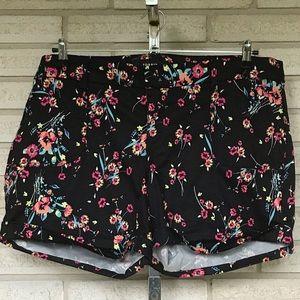 Torrid Floral ZIP Up Shorts Size 20